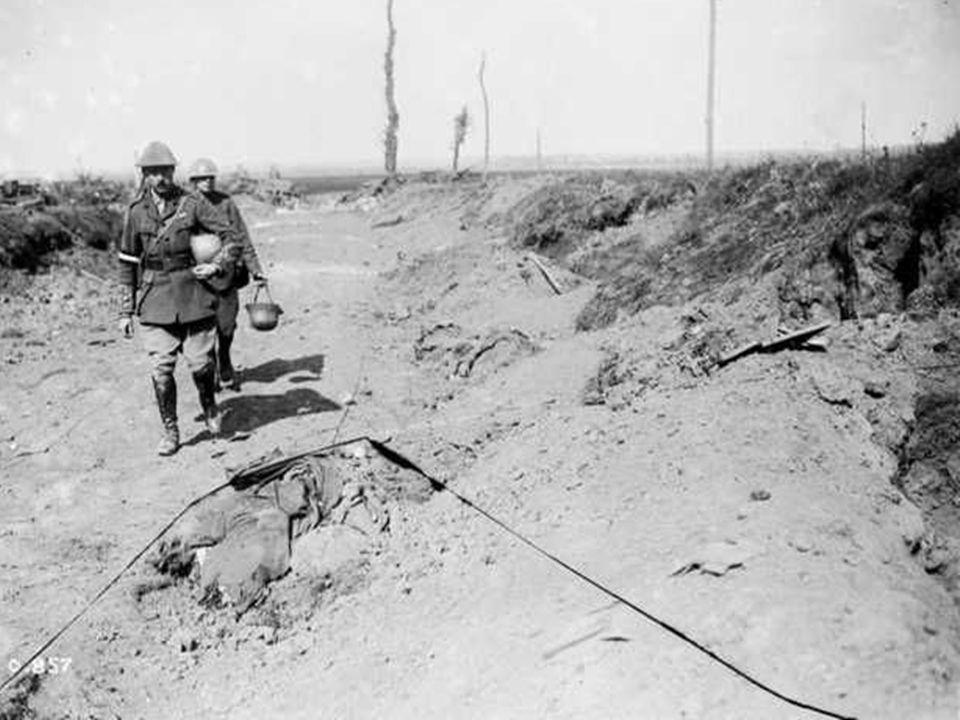 De 27 e oktober Mitry vorderde een weinig naar het noorden van Langemark, maar de divisie van Rawlinson wordt geteisterd door massale infanterie aanvallen, hij wordt genoodzaakt het veroverde terrein prijs te geven.