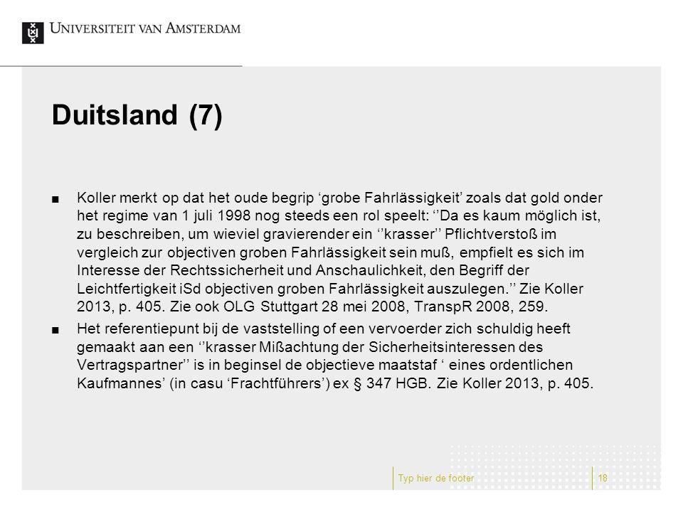 Duitsland (7) Koller merkt op dat het oude begrip 'grobe Fahrlässigkeit' zoals dat gold onder het regime van 1 juli 1998 nog steeds een rol speelt: ''Da es kaum möglich ist, zu beschreiben, um wieviel gravierender ein ''krasser'' Pflichtverstoß im vergleich zur objectiven groben Fahrlässigkeit sein muß, empfielt es sich im Interesse der Rechtssicherheit und Anschaulichkeit, den Begriff der Leichtfertigkeit iSd objectiven groben Fahrlässigkeit auszulegen.'' Zie Koller 2013, p.