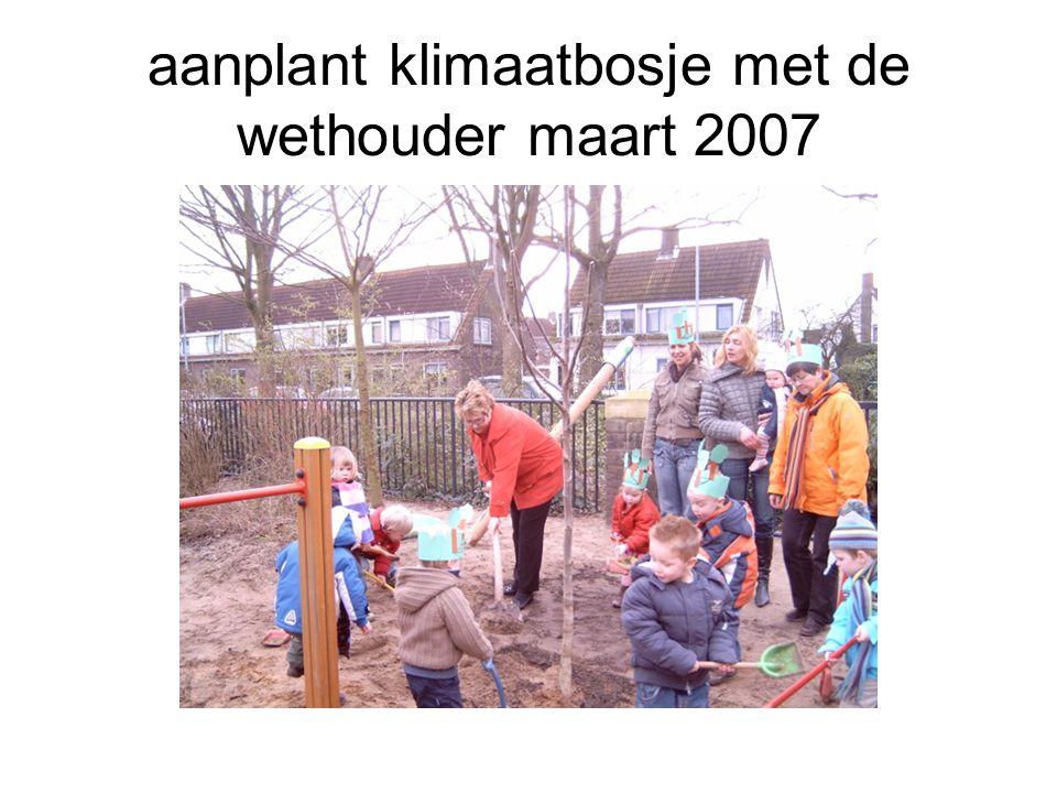 aanplant klimaatbosje met de wethouder maart 2007