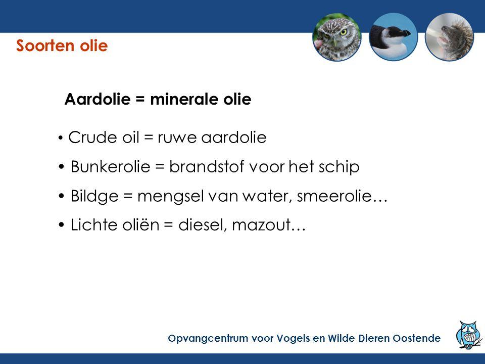 Crude oil = ruwe aardolie  de lading van grote tankers: grote ramp bij ongeval: duizenden tonnen olie vb de Prestige.