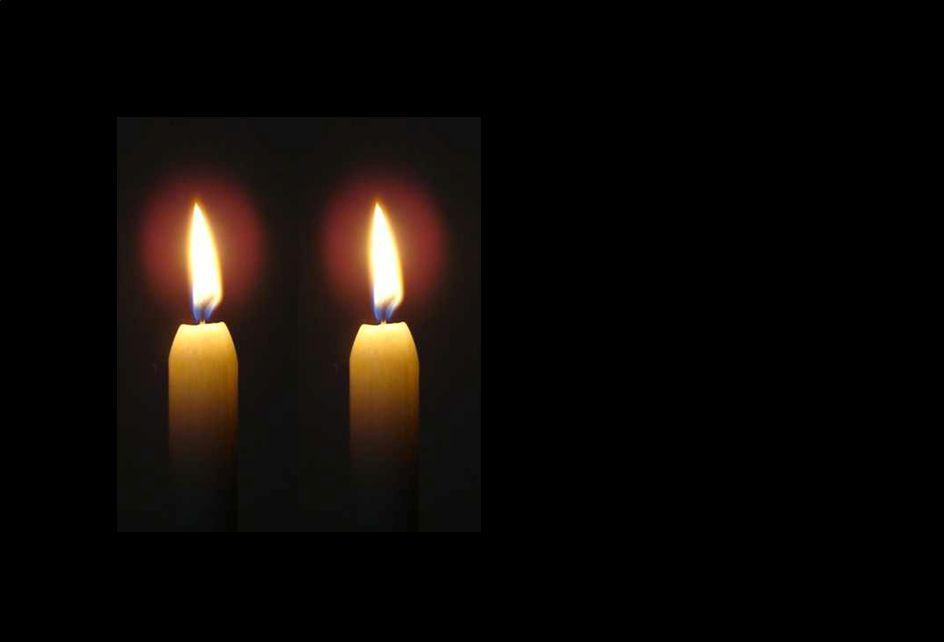 1 Nu daagt het in het oosten, het licht schijnt overal: Hij komt de volken troosten, die eeuwig heersen zal.