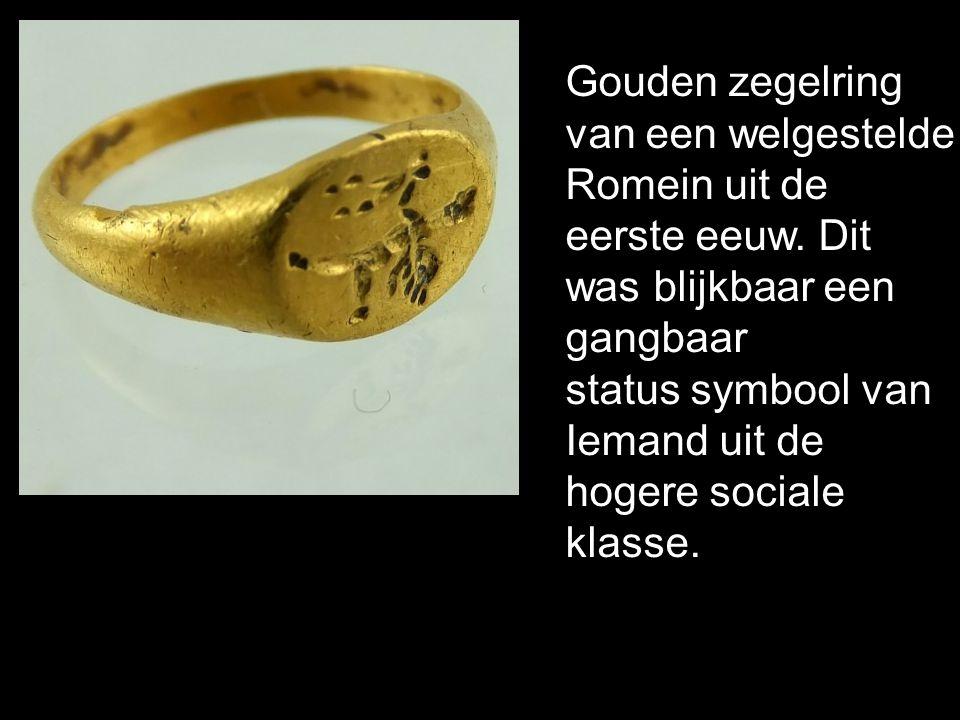 Gouden zegelring van een welgestelde Romein uit de eerste eeuw. Dit was blijkbaar een gangbaar status symbool van Iemand uit de hogere sociale klasse.