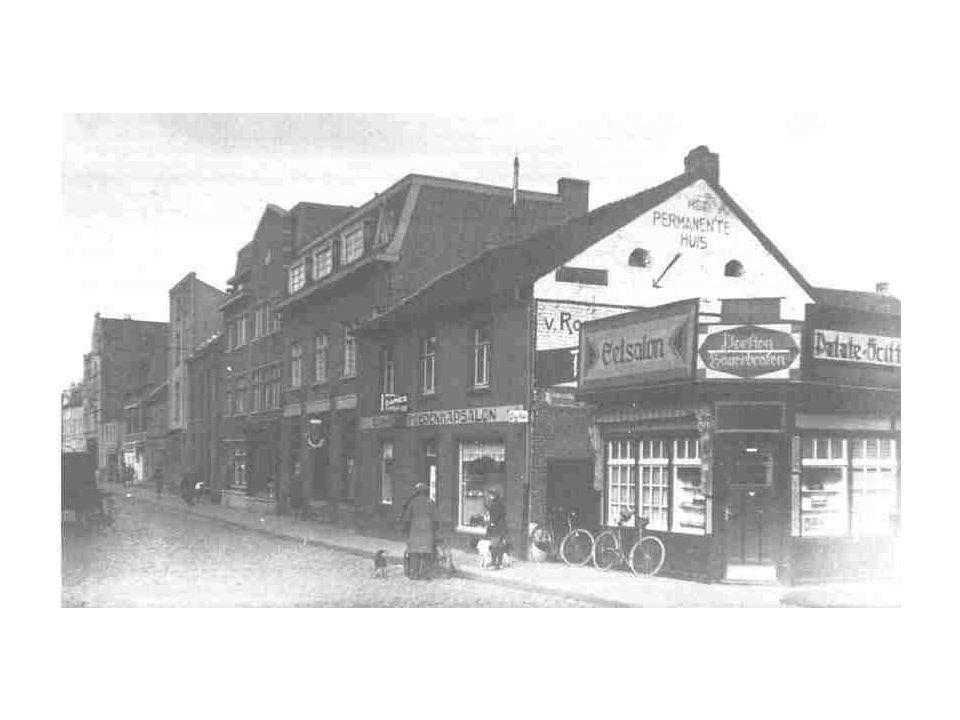 Geleenstraat 1938 Wanneer de tram nog uit de Saroleastraat zou komen kon hij nu rechtdoor rijden.