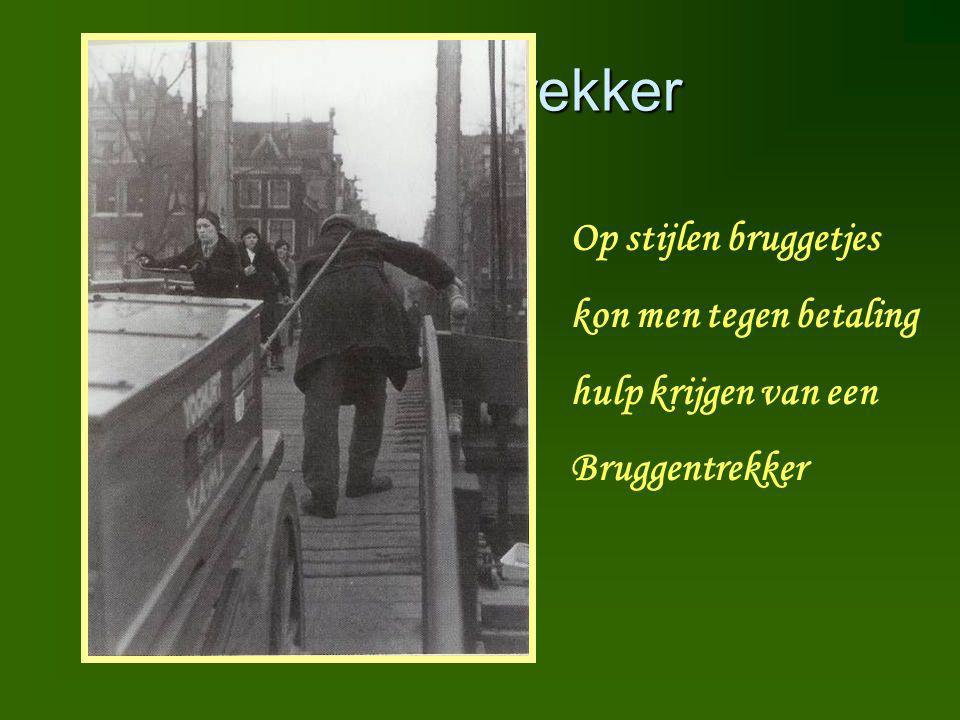 Bruggentrekker Op stijlen bruggetjes kon men tegen betaling hulp krijgen van een Bruggentrekker