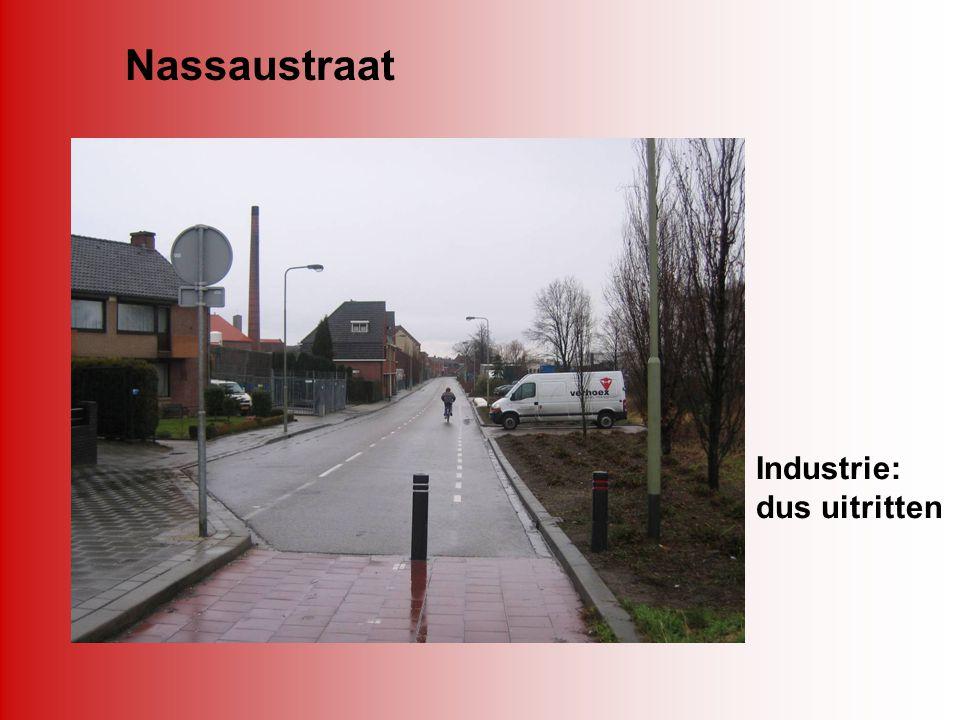 Nassaustraat Industrie: dus uitritten