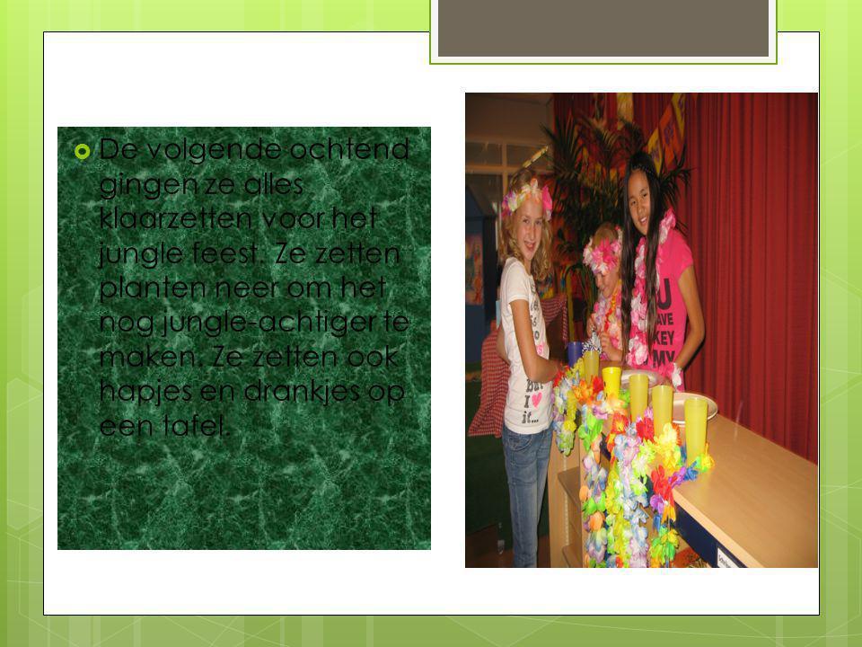 4 kinderen wilden een klassenfeest geven en het thema was: jungle. Ze deelde de uitnodigingen uit En zeiden: Kun je komen op Ons jungle feest?