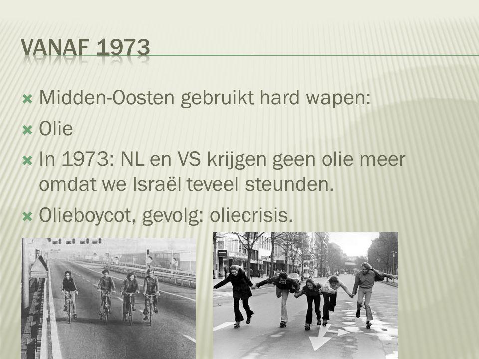  Camp David-vredesakkoord  VS was bemiddelaar: Carter  Israëlische president: Begin  Egyptische president: Sadat  Verdrag: Egypte kreeg haar gebieden terug, en Egypte zou de staat Israël erkennen.