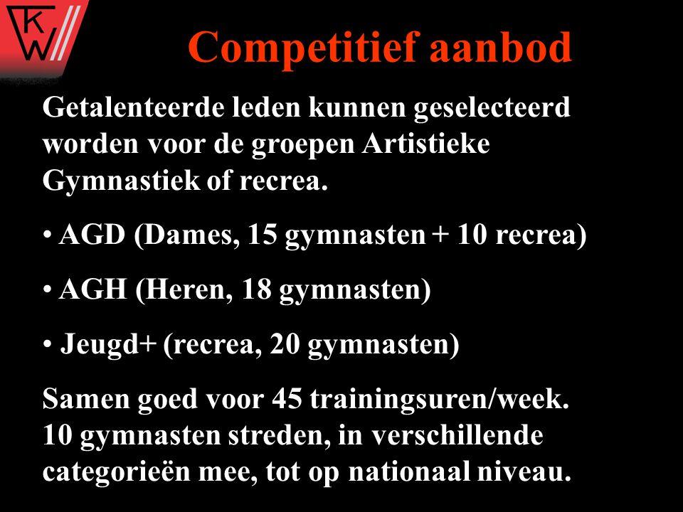 Getalenteerde leden kunnen geselecteerd worden voor de groepen Artistieke Gymnastiek of recrea. AGD (Dames, 15 gymnasten + 10 recrea) AGH (Heren, 18 g