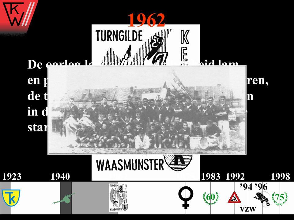 De oorlog legde alle bedrijvigheid lam, en pas in 1962 blaast E.H. Van Vlaanderen, de toenmalige onderpastoor, nieuw leven in de turngilde. Het werd e