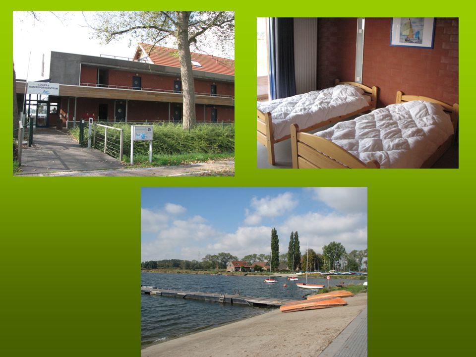Programma Maandag 22 september 08.15 uur: vertrek vanuit Oosterlicht College Ongeveer 11.30 uur aankomst bij Domein aan de Plas en kamerverdeling Op de fiets naar Brugge: 'Brugse sfeer' opsnuiven en lunchen op eigen gelegenheid