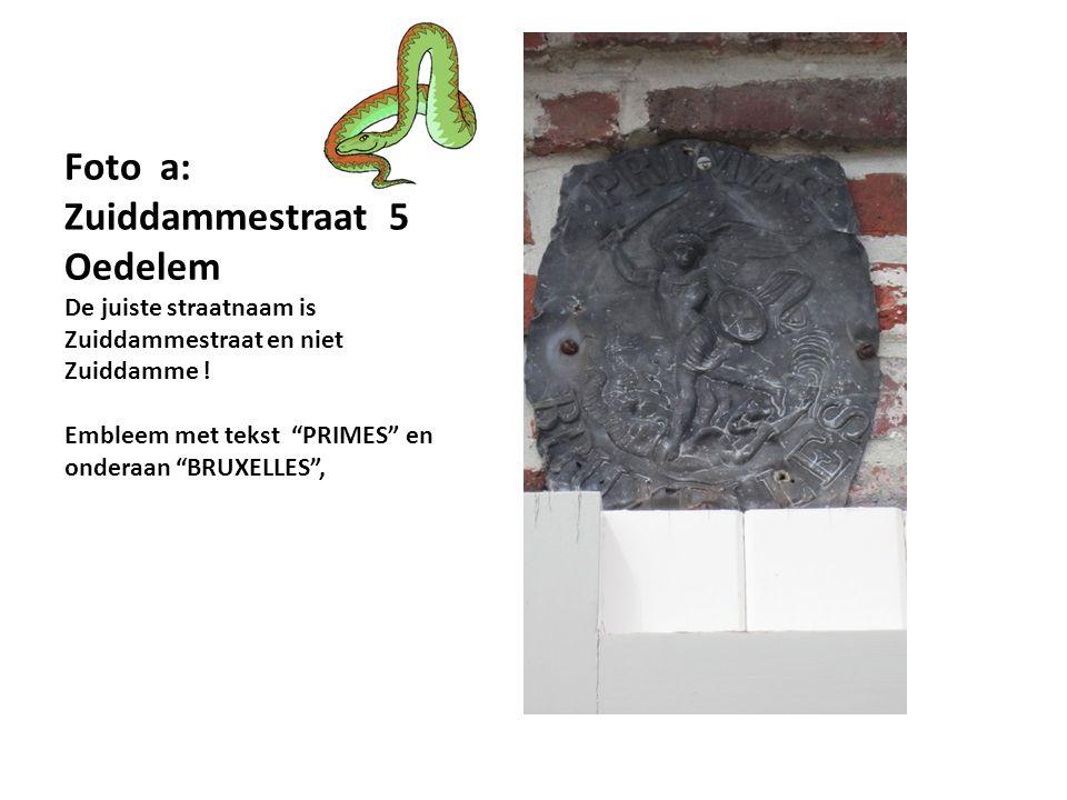 Foto j. : Moeder met kind op schoot van Jef Claerhout : Zuiddammestraat/ Beernemstraat - Oedelem