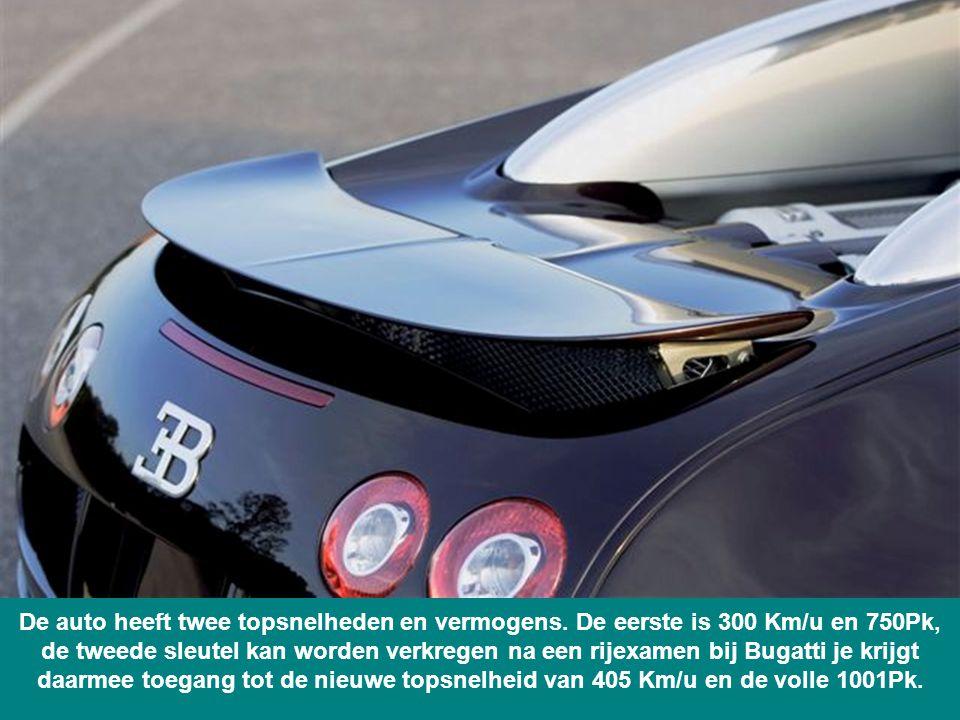 De auto heeft twee topsnelheden en vermogens.