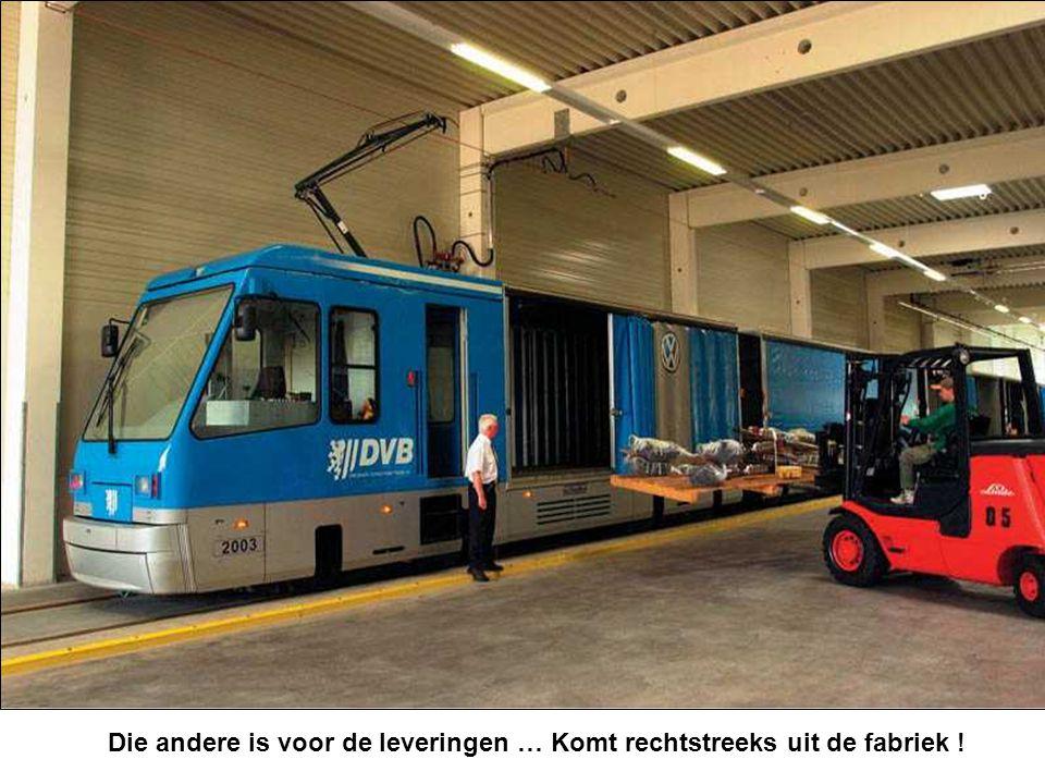 Er rijdt een speciale trein voor de bezoekers … tot aan de ingang !