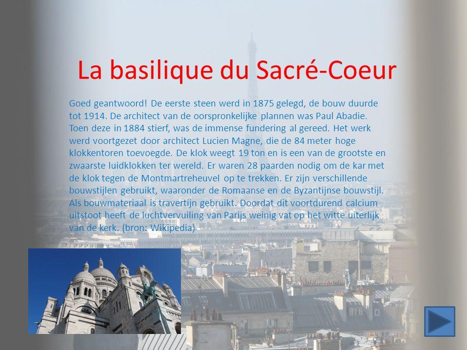 La basilique du Sacré-Coeur Goed geantwoord! De eerste steen werd in 1875 gelegd, de bouw duurde tot 1914. De architect van de oorspronkelijke plannen