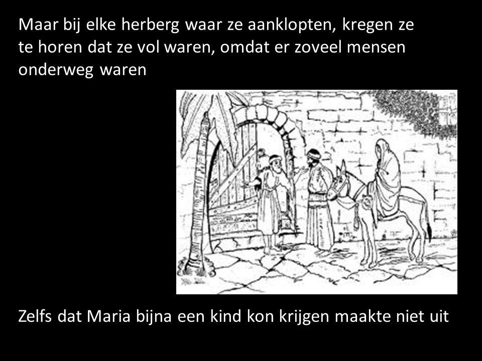 Eindelijk kwamen de drie koningen Melchior koning van Arabië Caspar koning van Tarsis Balthasar koning van Etiopië Bij het dorp waar ze de ster gezien hadden, ze wisten nog niet WAAR ze moesten zijn, dus vroegen ze aan de mensen van het dorp, waar de nieuwe koning geboren was
