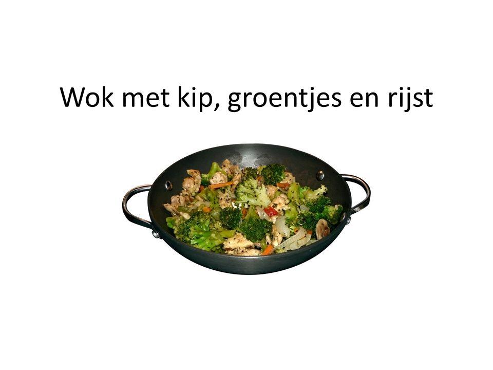 Wok met kip, groentjes en rijst