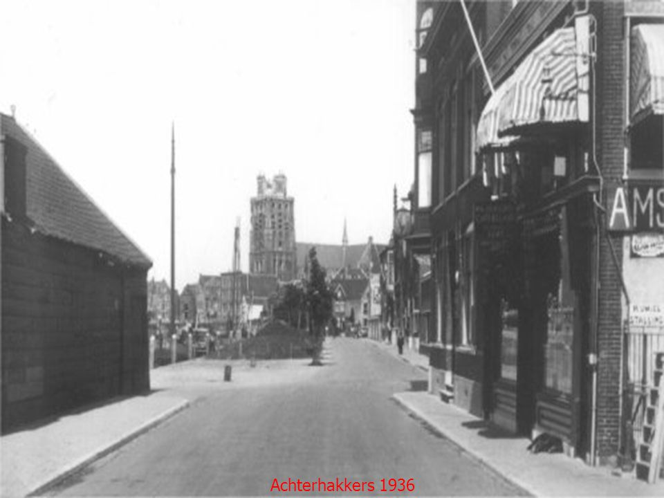 De Grote Kerk vanaf de Lange IJzerenbrug in 1905
