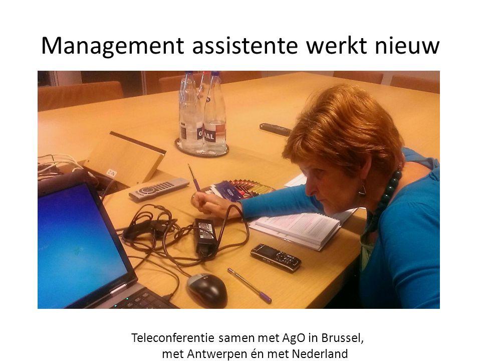 Management assistente werkt nieuw Teleconferentie samen met AgO in Brussel, met Antwerpen én met Nederland