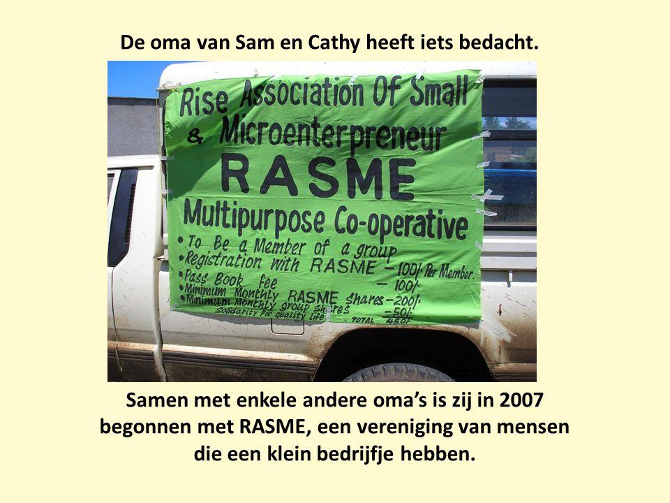 De oma van Sam en Cathy heeft iets bedacht. Samen met enkele andere oma's is zij in 2007 begonnen met RASME, een vereniging van mensen die een klein b
