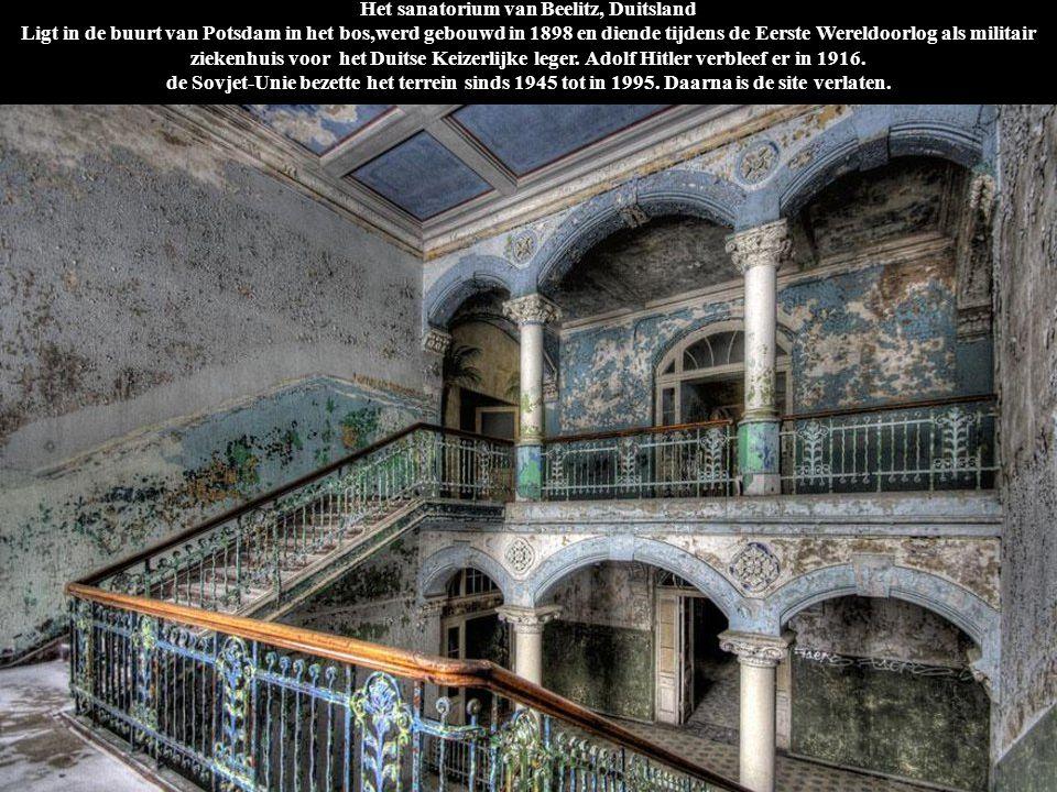 Het sanatorium van Beelitz, Duitsland Ligt in de buurt van Potsdam in het bos,werd gebouwd in 1898 en diende tijdens de Eerste Wereldoorlog als milita
