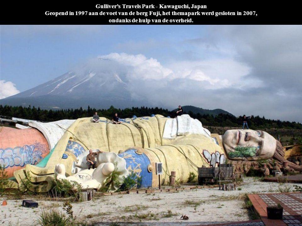 Gulliver's Travels Park - Kawaguchi, Japan Geopend in 1997 aan de voet van de berg Fuji, het themapark werd gesloten in 2007, ondanks de hulp van de o