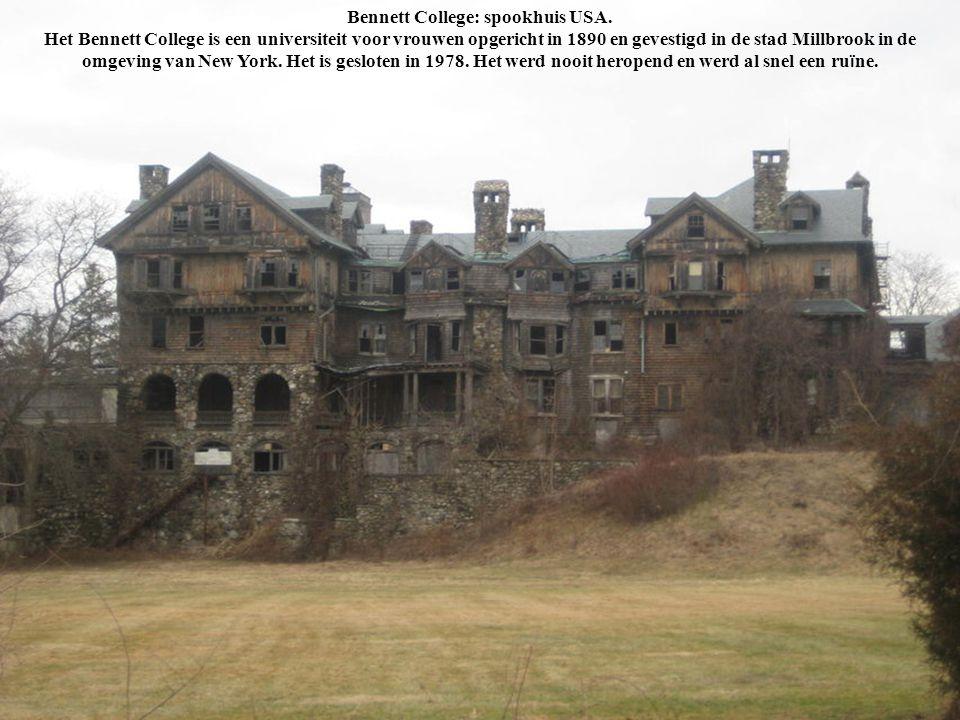Bennett College: spookhuis USA. Het Bennett College is een universiteit voor vrouwen opgericht in 1890 en gevestigd in de stad Millbrook in de omgevin