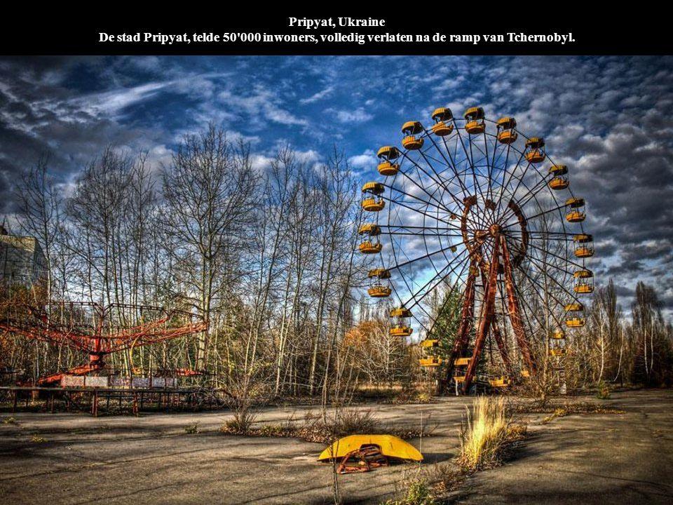 Pripyat, Ukraine De stad Pripyat, telde 50'000 inwoners, volledig verlaten na de ramp van Tchernobyl.