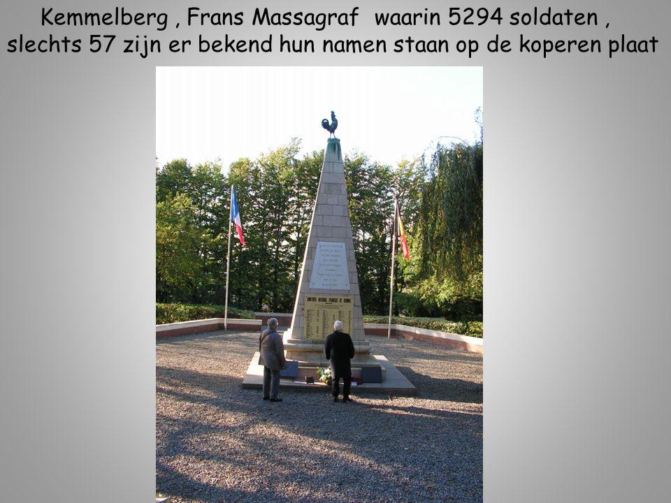 Kemmelberg, Frans Massagraf waarin 5294 soldaten