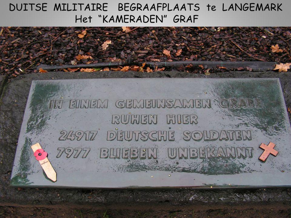 DUITSE MILITAIRE BEGRAAFPLAATS te LANGEMARK Ook studenten kerkhof genoemd, waren heel jonge soldaten