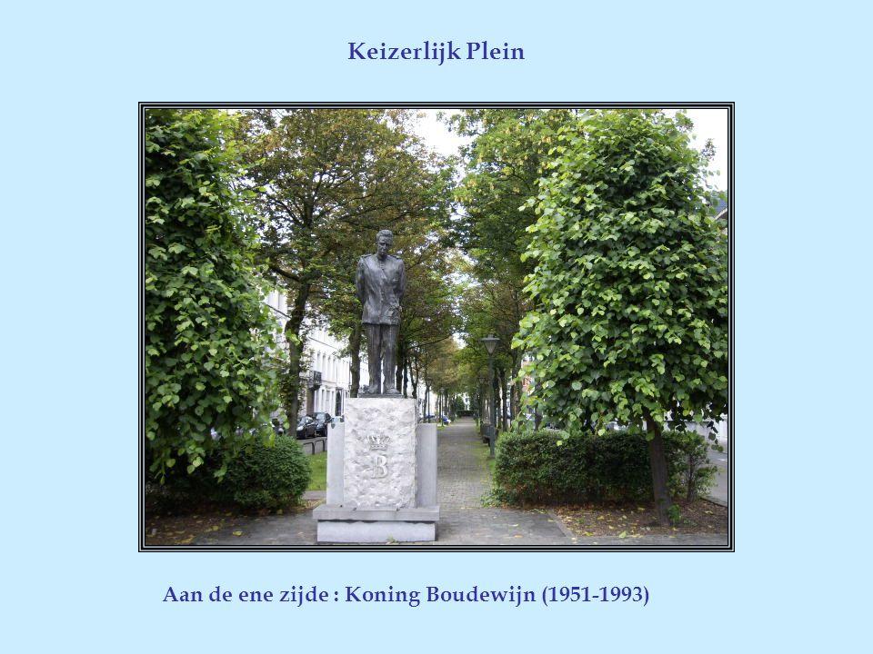 Is het vroegere vleeshuis dat in 1630 herbouwd werd als afspanning op de oude handelsroute tussen Rijsel en Amsterdam. Het gebouw met zijn opvallende