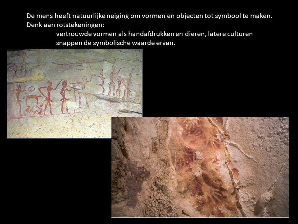 De mens heeft natuurlijke neiging om vormen en objecten tot symbool te maken. Denk aan rotstekeningen: vertrouwde vormen als handafdrukken en dieren,