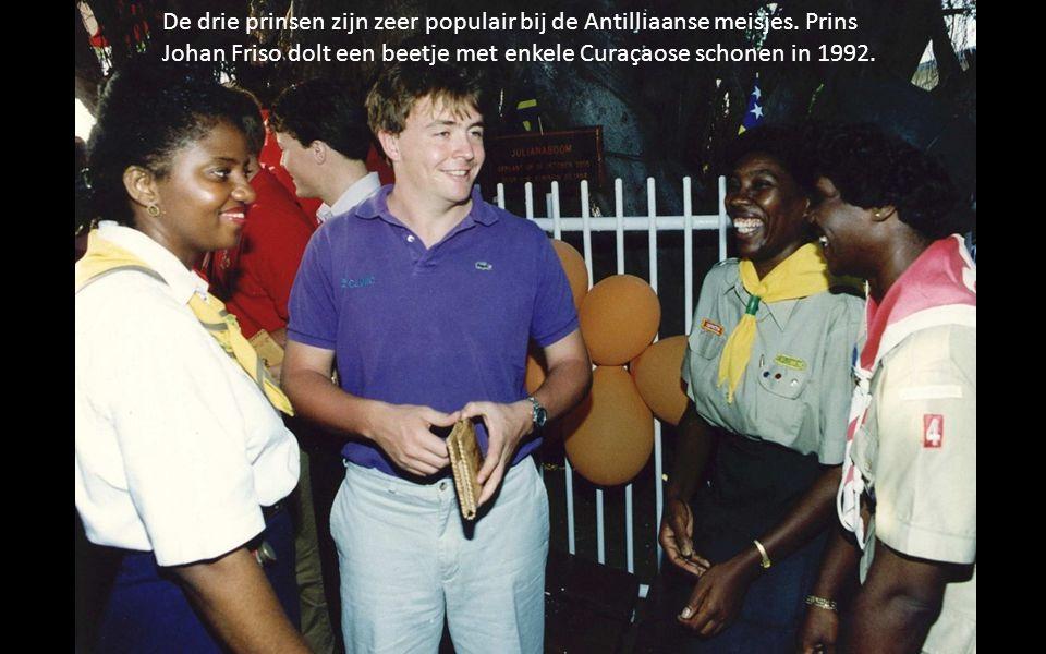 De drie prinsen zijn zeer populair bij de Antilliaanse meisjes.