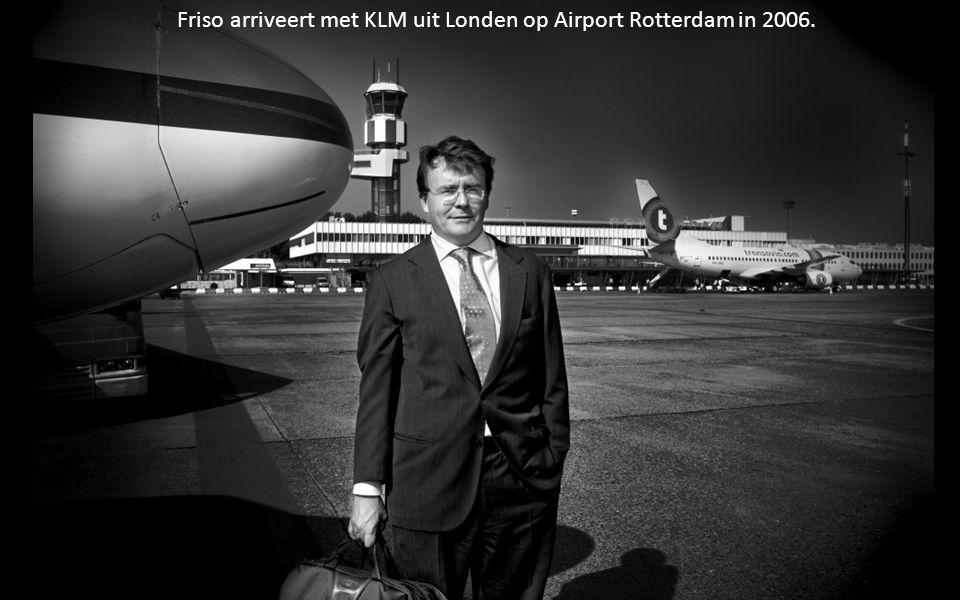 Friso arriveert met KLM uit Londen op Airport Rotterdam in 2006.