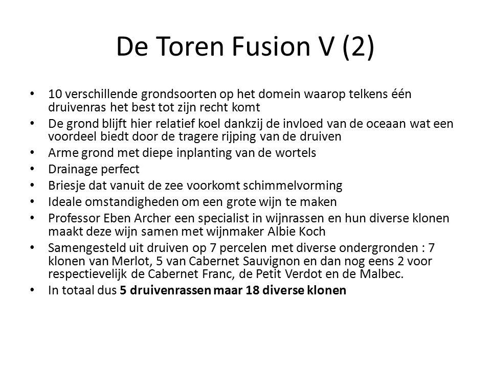 De Toren Fusion V (2) 10 verschillende grondsoorten op het domein waarop telkens één druivenras het best tot zijn recht komt De grond blijft hier rela