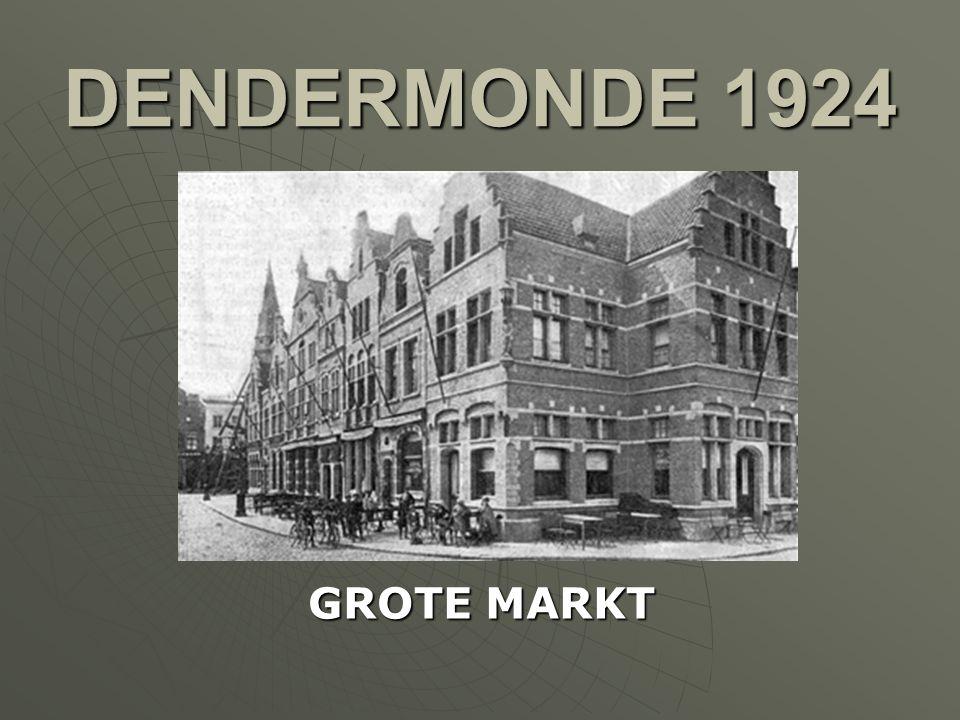 DENDERMONDE 1921 HERSTELLINGEN AAN DE HUIZEN OP DE GROTE MARKT ( NA W.O. I )