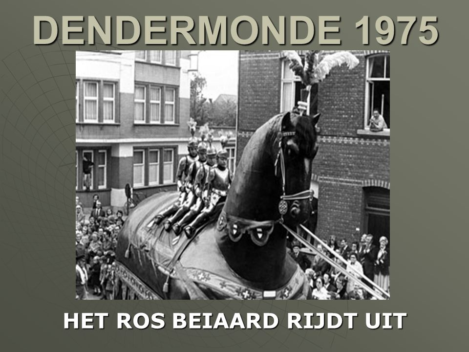 WAASMUNSTER 1966 DE KERK ONDER WATER NA HEVIGE REGENVAL