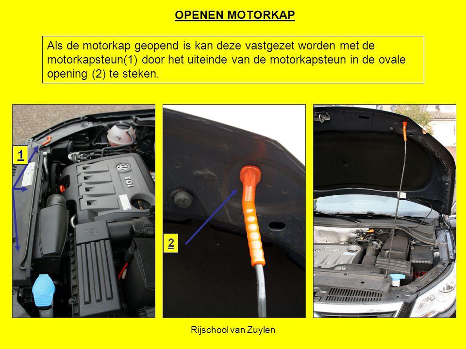 Rijschool van Zuylen 1 2 Als de motorkap geopend is kan deze vastgezet worden met de motorkapsteun(1) door het uiteinde van de motorkapsteun in de ova