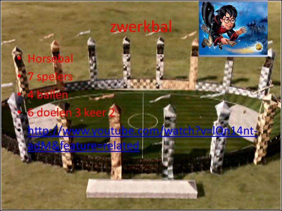 zwerkbal Horsebal 7 spelers 4 ballen 6 doelen 3 keer 2 http://www.youtube.com/watch?v=lQn14nt- adM&feature=related http://www.youtube.com/watch?v=lQn1