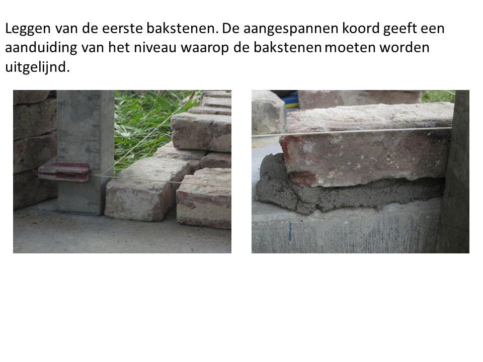 Argex korrels worden gebruikt om de dekvloer te isoleren.