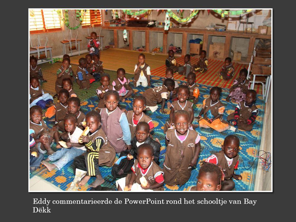 Eddy commentarieerde de PowerPoint rond het schooltje van Bay Dëkk