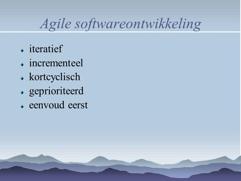 Test driven development eerst test, dan implementatie incrementeel vroege & frequente feedback geautomatiseerd