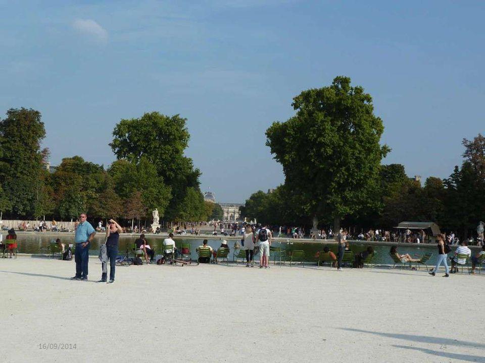 Tuilerieën De Tuilerieën zijn tuinen van het voormalige koninklijk paleis (Palais des Tuileries) in Parijs Deze lopen van het Louvre tot aan de Place de la Concorde.