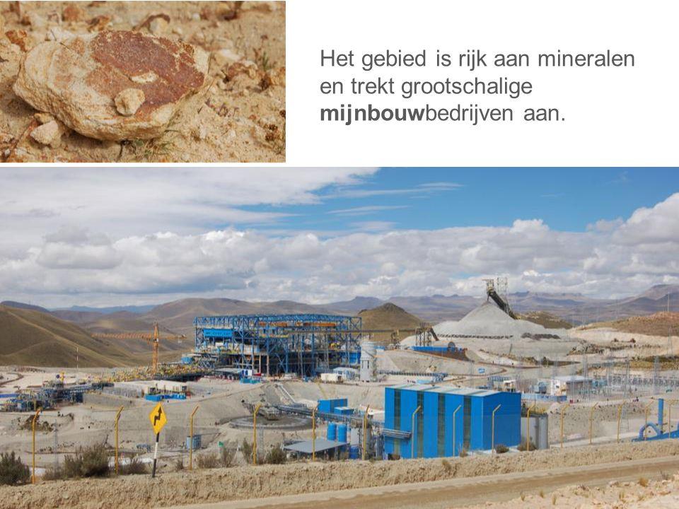Het gebied is rijk aan mineralen en trekt grootschalige mijnbouwbedrijven aan.
