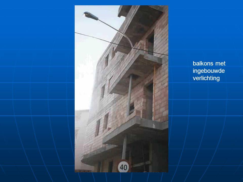 balkons met ingebouwde verlichting