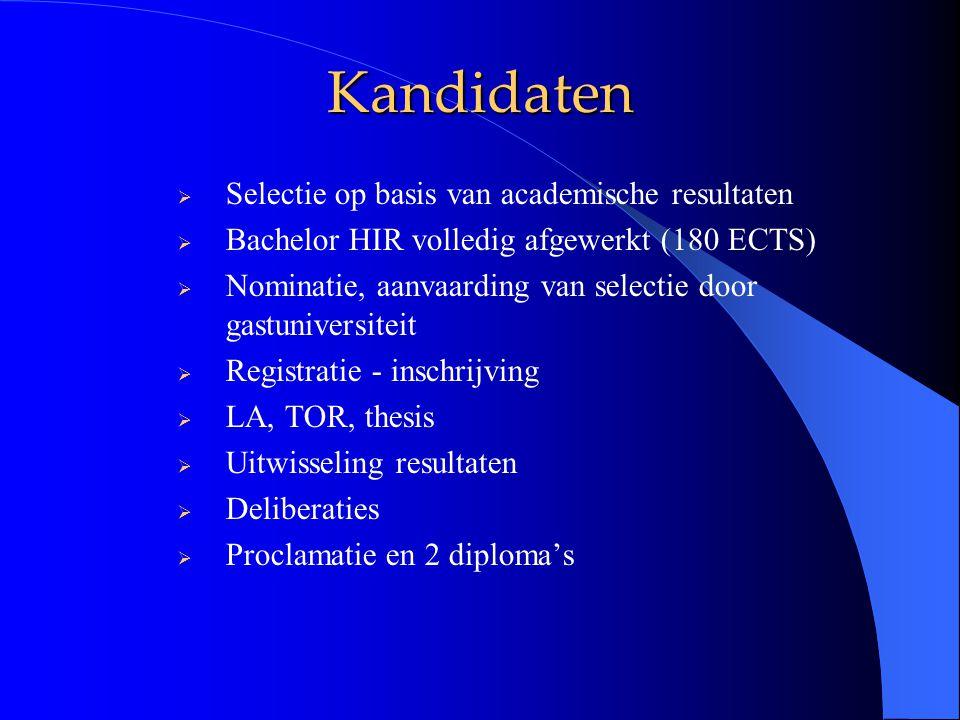 Checklist  Doelstellingen, inhoud  Interuniversitaire stuurgroep of coördinatoren.