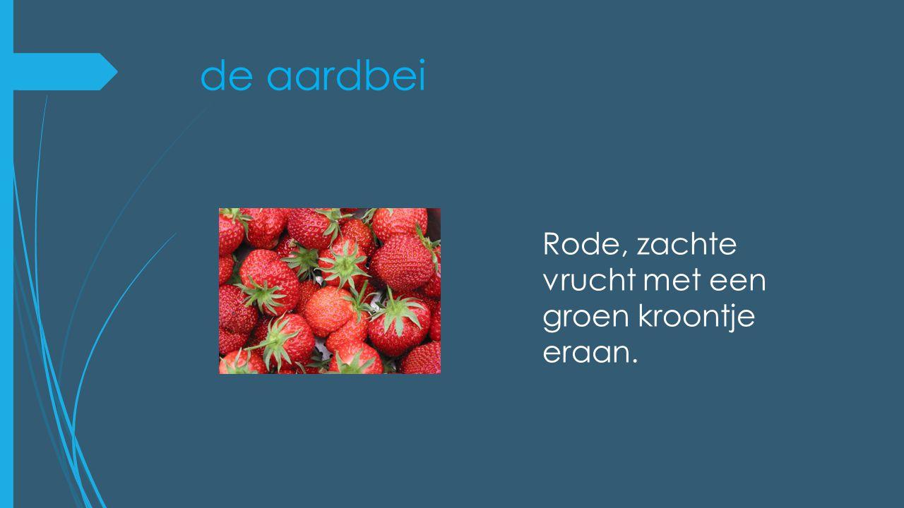 de aardbei Rode, zachte vrucht met een groen kroontje eraan.