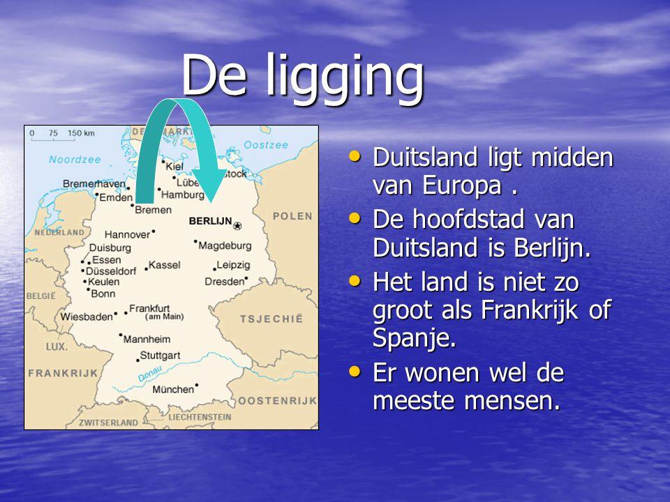 De ligging De ligging Duitsland ligt midden van Europa. Duitsland ligt midden van Europa. De hoofdstad van Duitsland is Berlijn. De hoofdstad van Duit
