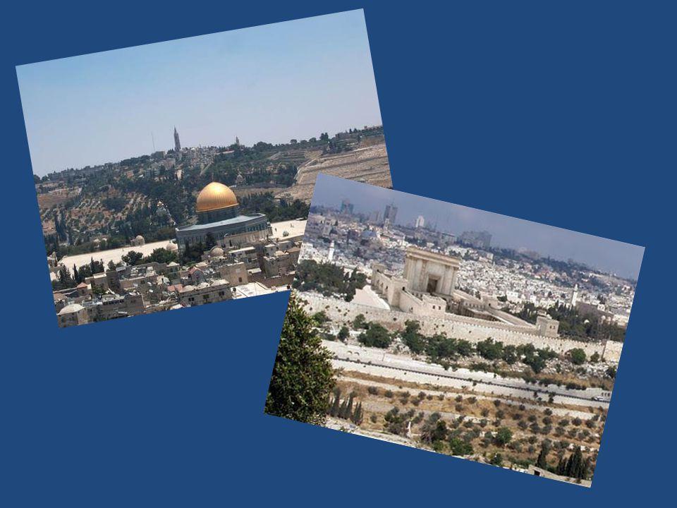 Al-Aqsamoskee De Al-Aqsamoskee is gebouwd op de zuidzijde van de Tempelberg in Jeruzalem naast de Rotskoepel.