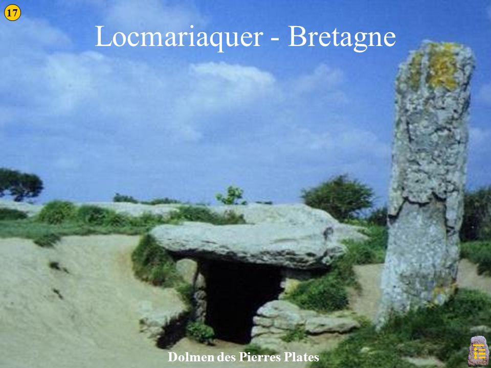 Locmariaquer - Bretagne Dolmen des Pierres Plates 17