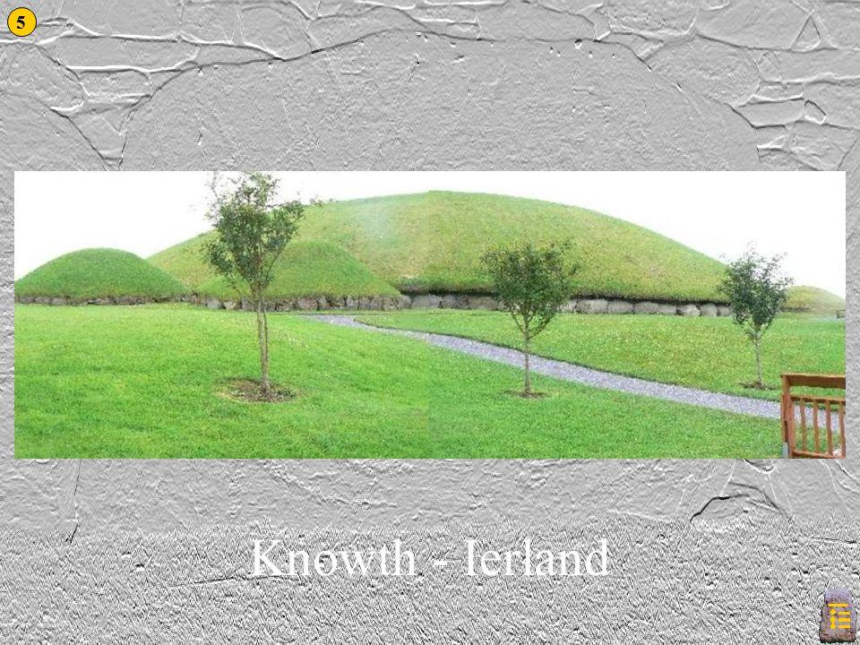 Knowth Dit is mogelijk 's werelds oudste kalendersteen… 6